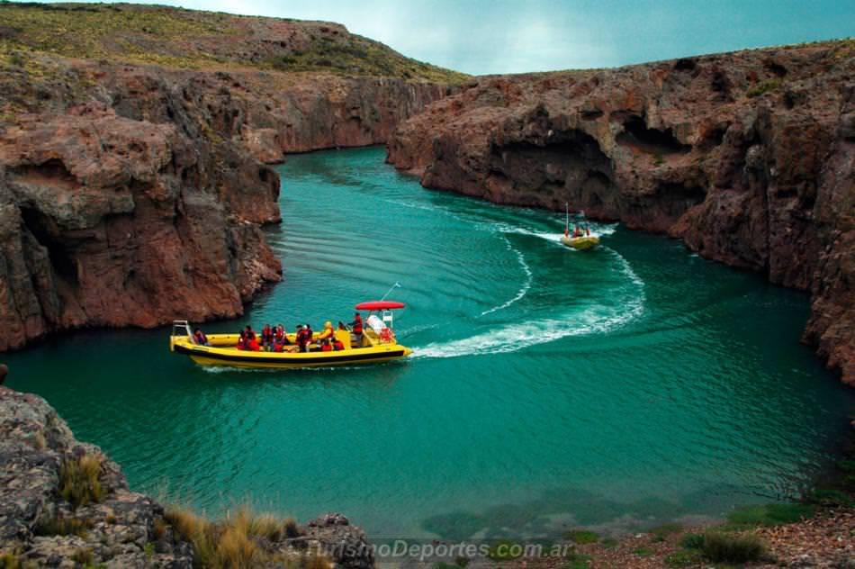 Excursiones de navegación en la ría deseado - Puerto deseado