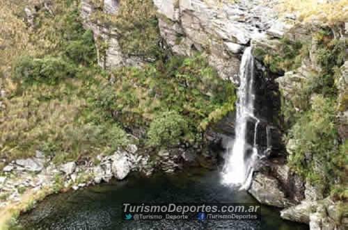Cascada salto del tigre cerro aspero pueblo escondido